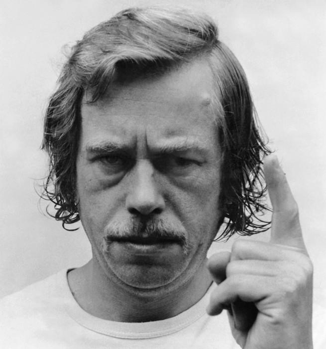 V. Havel1