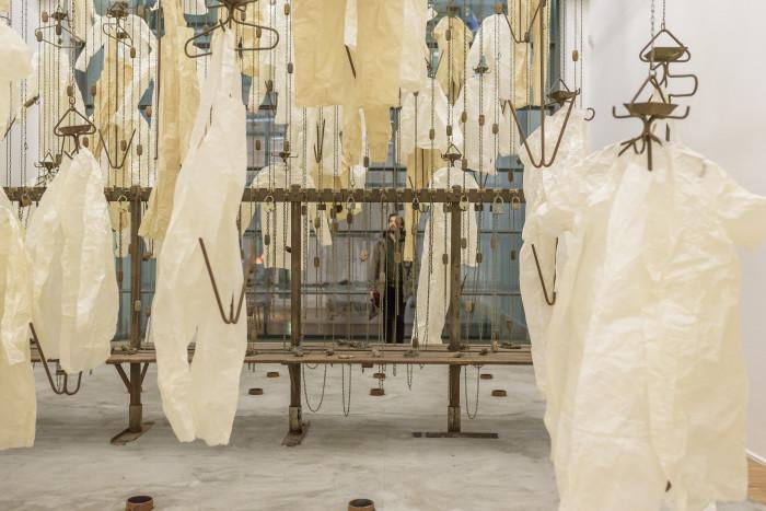 Ausstellungsansicht Till Exit, BEYOND II, Am Ende diese Arbeit, Foto Alexandra Ivanciu